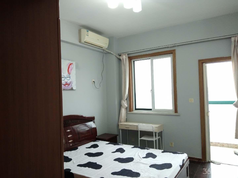 白领生活馆3室1厅1卫100平米合租精装