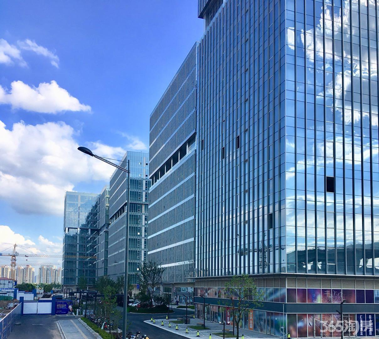 雨花台区南京南站绿地之窗南广场480.00㎡精装0室0厅