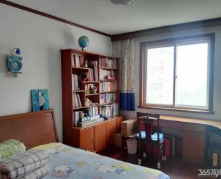 钱桥小区3室2厅1卫107平方产权房精装