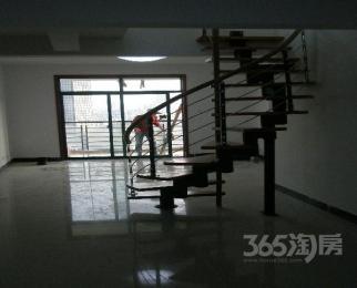 君尚金谷园6室4厅3卫205平米2008年产权房精装