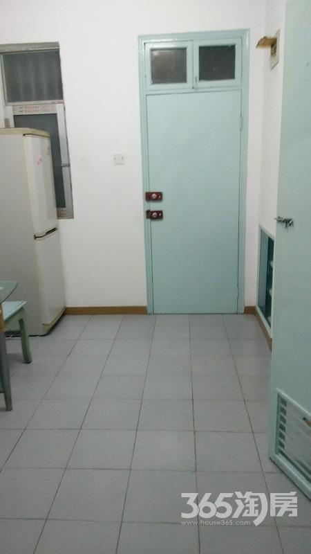西新桥三村1室1厅1卫45�O整租精装