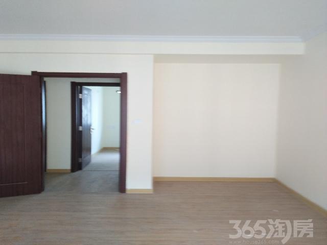 碧桂园欧洲城3室2厅1卫112�O2012年满两年产权房精装