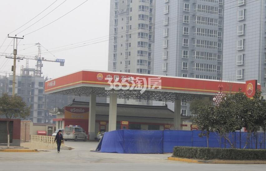 德杰德裕天下周边加油站(拍摄于20171105)