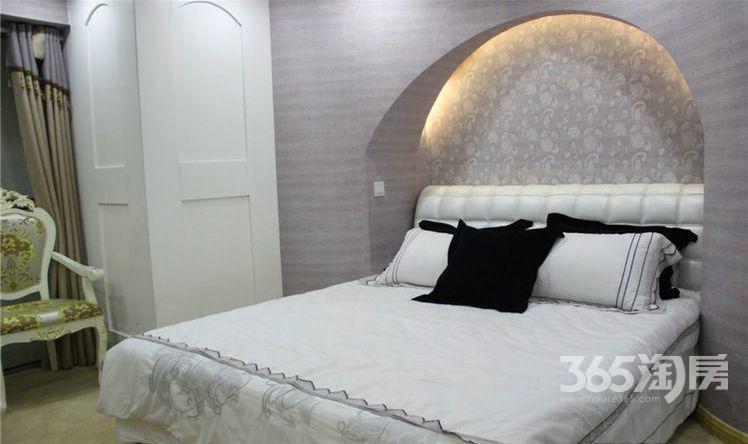 首创天迈广场4室2厅2卫128平方产权房毛坯