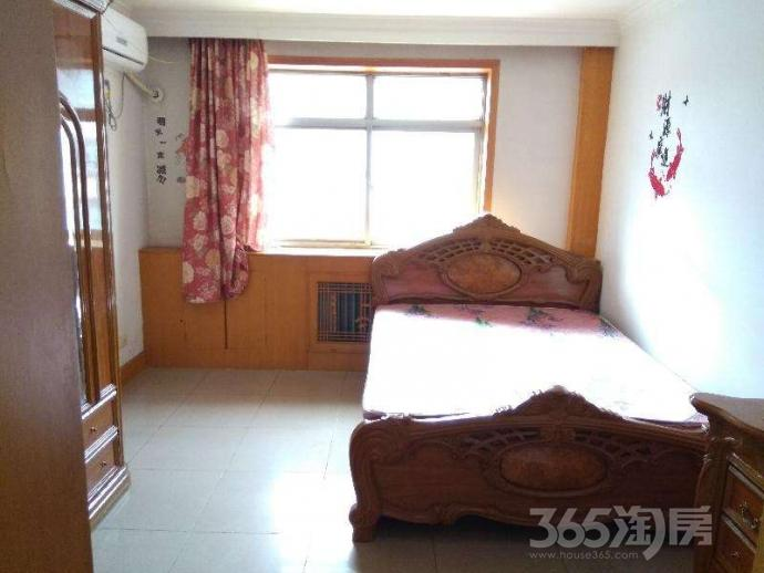 汇光里2室1厅1卫78平米整租精装