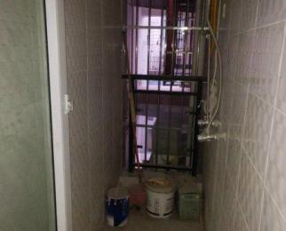 市中心 电梯公寓两室 户型方正 交通便利