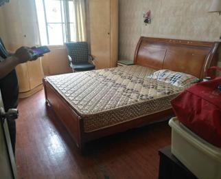 绣花巷 三室一厅 3500