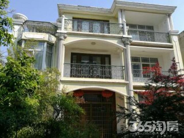 东兴街1558室6厅4卫400平米2009年产权房精装