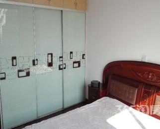 春城家园3室3厅2卫150�O整租精装