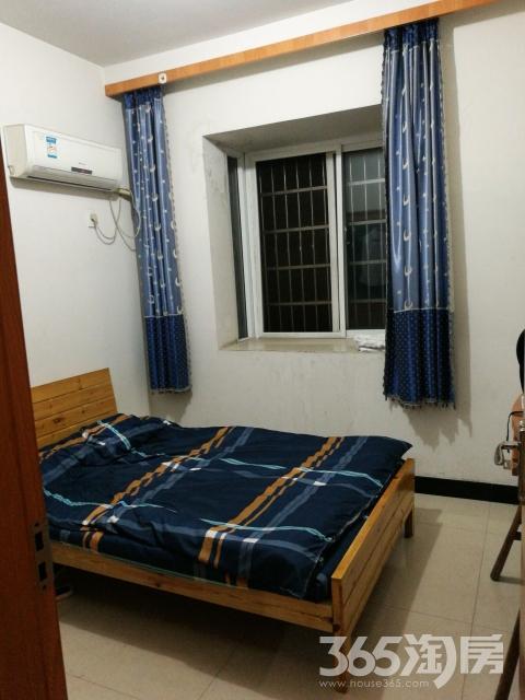 春波小区1室1厅1卫12平米转租简装