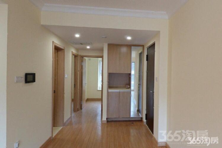 万科璞悦山3室2厅1卫85.33平米简装产权房2017年建