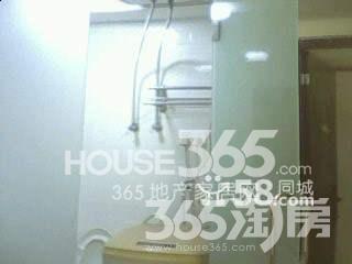 长白街1号1室1厅1卫26�O整租精装