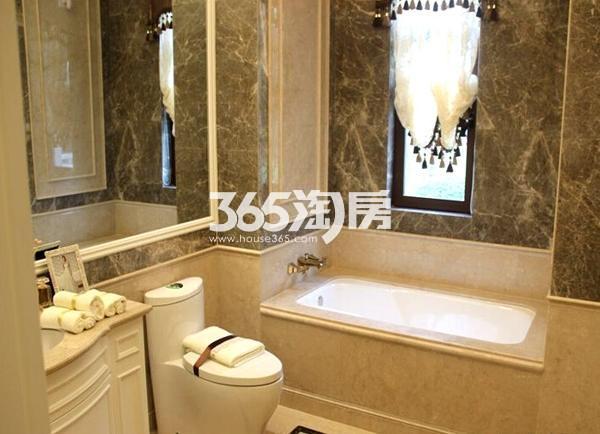 无锡万达文化旅游城120平样板间卫浴