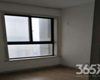 四季花城 高层三室两厅 简装 生活方便