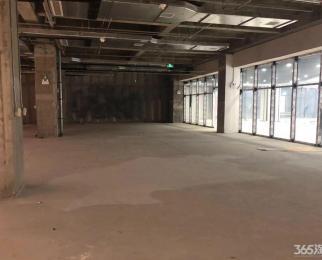 商业二楼 正对电梯口纯毛坯 大开间 非常适合 教育二号十