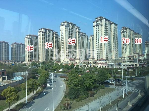 长泰国际社区南地块高层1-4#、7#、8#楼实景图(2018.4 摄)