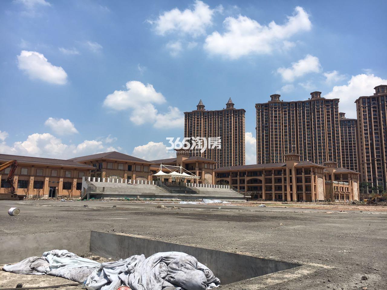 雅居乐滨江国际配套学校实景图(7.20)