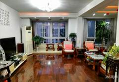 东方城旭日园房型好3室2厅2卫141.18平方产权房豪华装