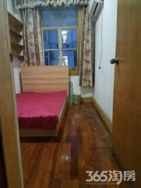 双塘园3室1厅1卫17平米合租精装