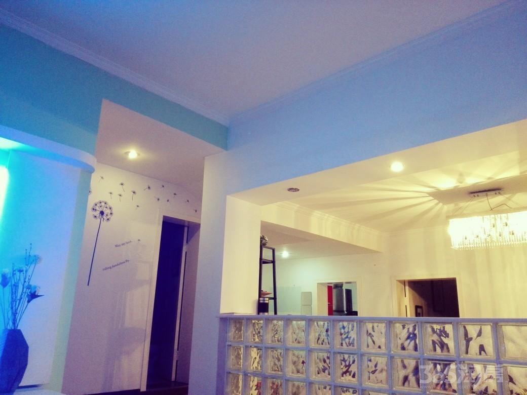 江南文枢苑2室2厅1卫86平米2005年产权房精装