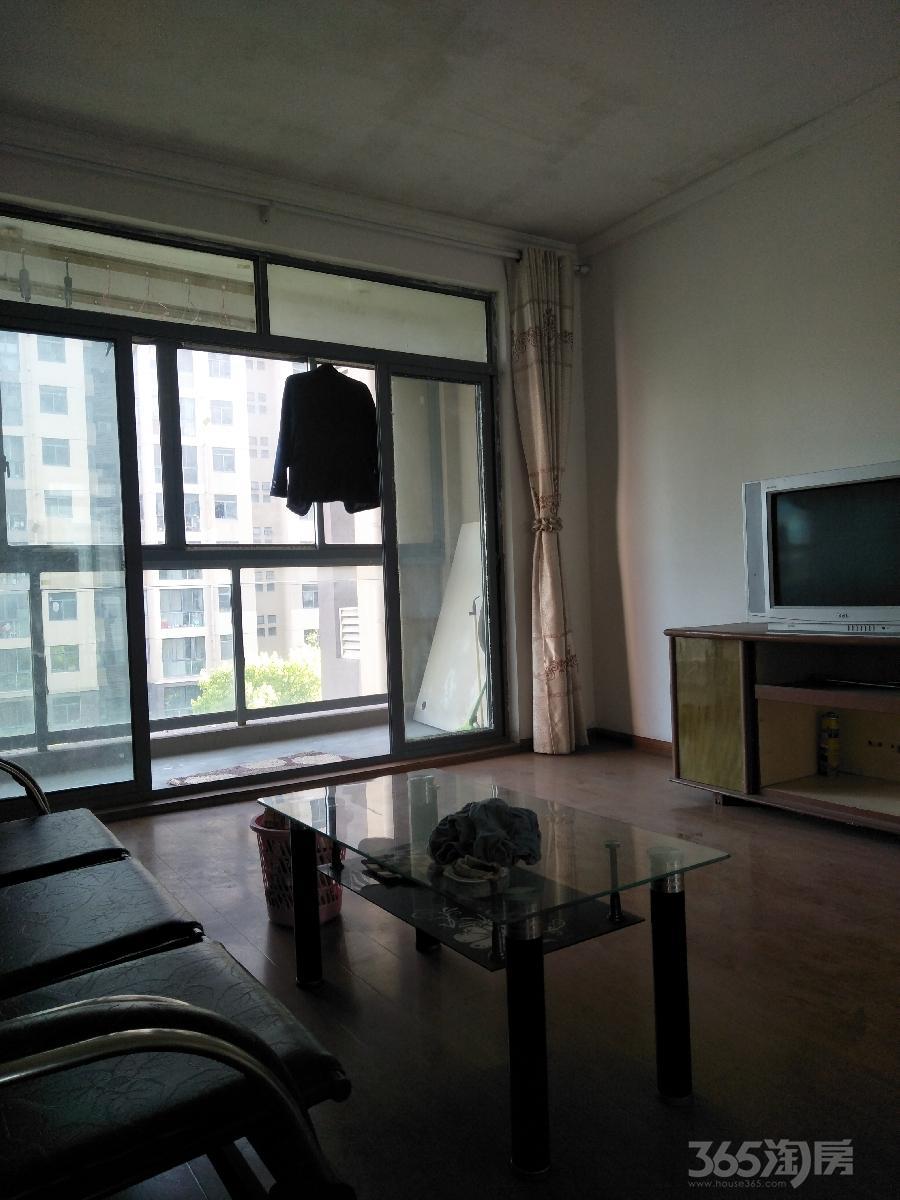 地大橡树园2室 2厅 1卫90平方米1500元/月