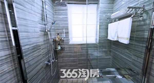 东方蓝海B2户型约88㎡样板间-卫浴