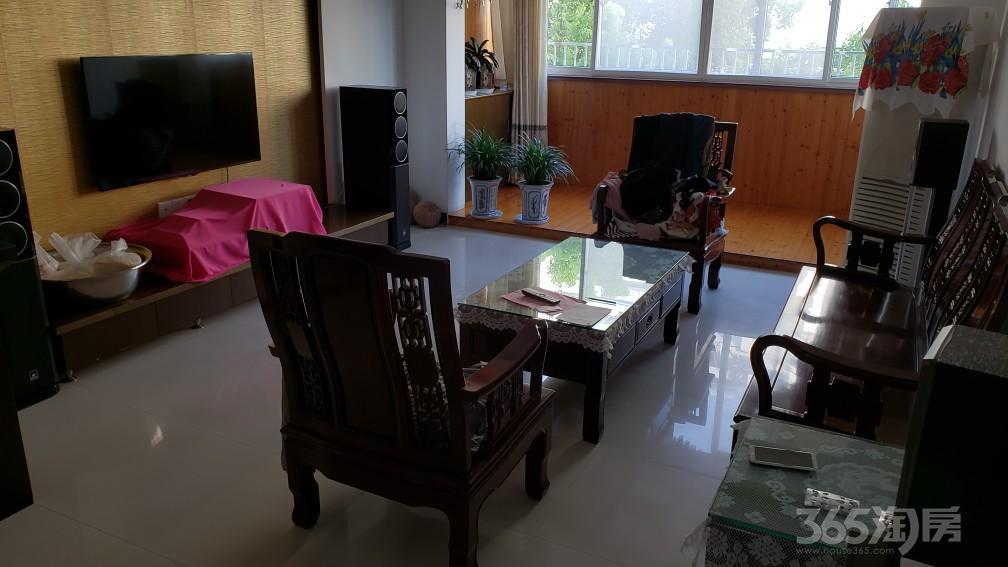 锦绣佳园3室2厅2卫126平米2004年产权房精装