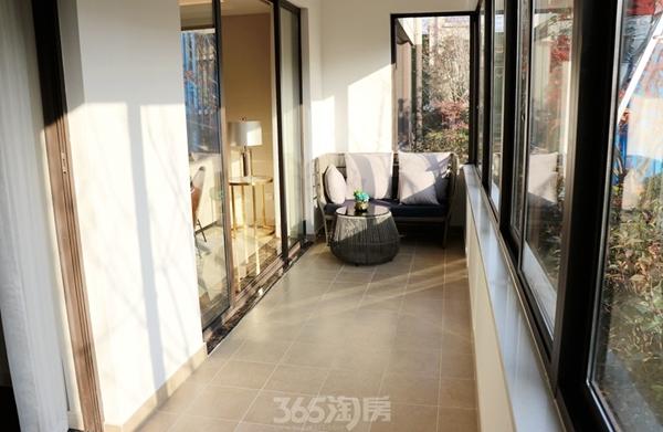 伟星金悦府公园洋房123平样板间——阳台