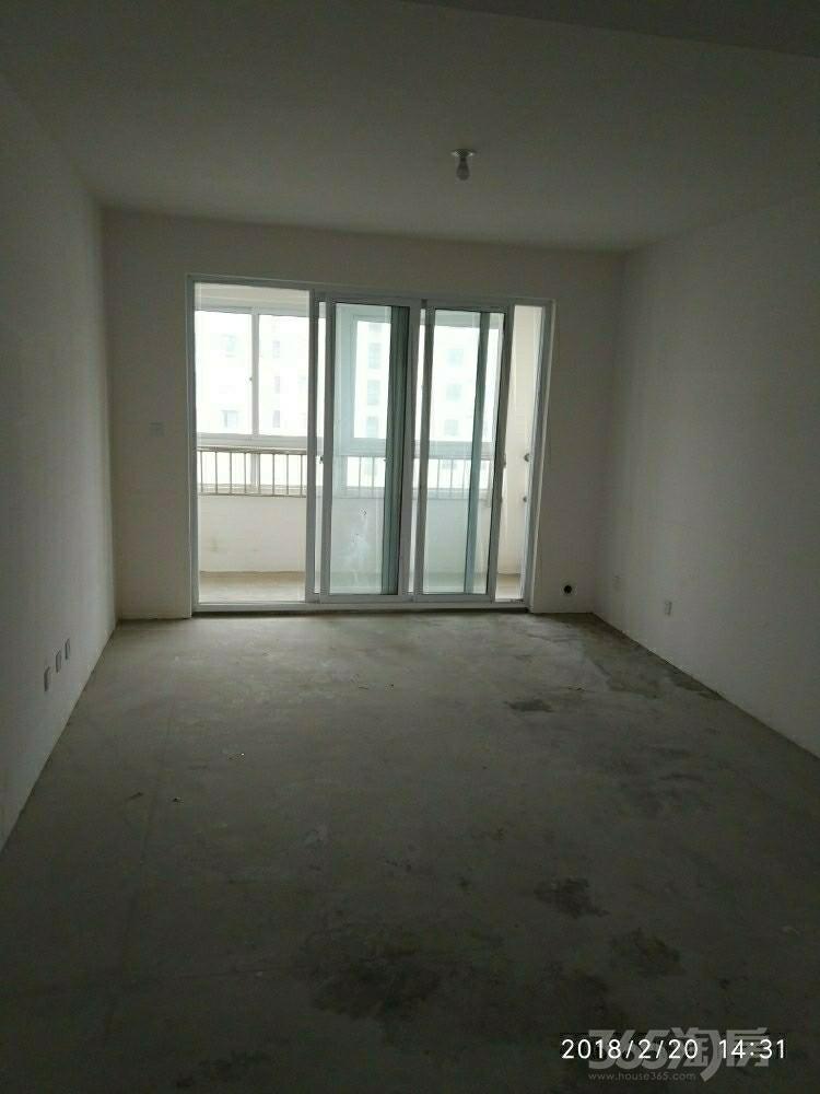 运河水庭3室1厅1卫120平米整租毛坯
