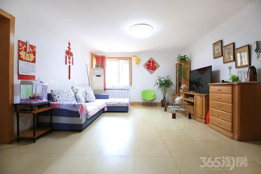 秀丽园2室1厅1卫101平米2000年产权房精装
