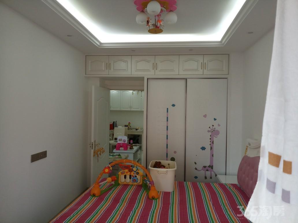 鹏欣领誉2室1厅1卫89平米精装房