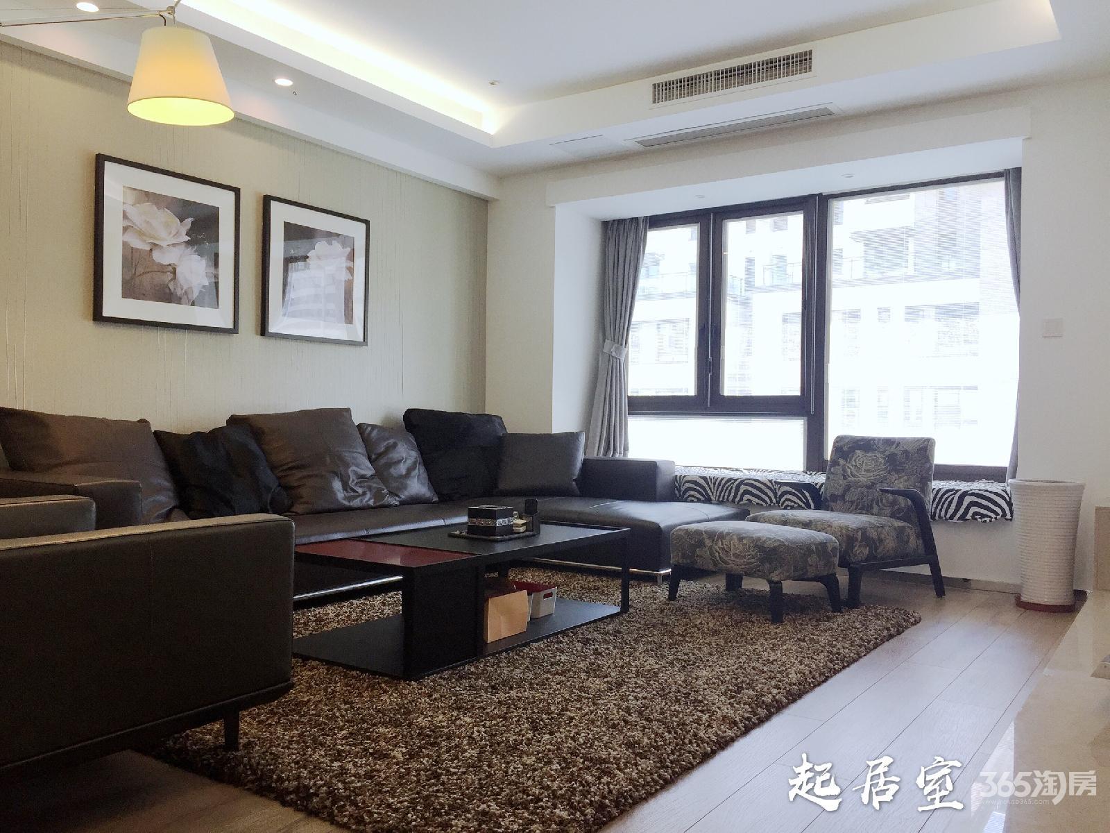 高科荣域4室2厅2卫126平米豪华装产权房2013年建