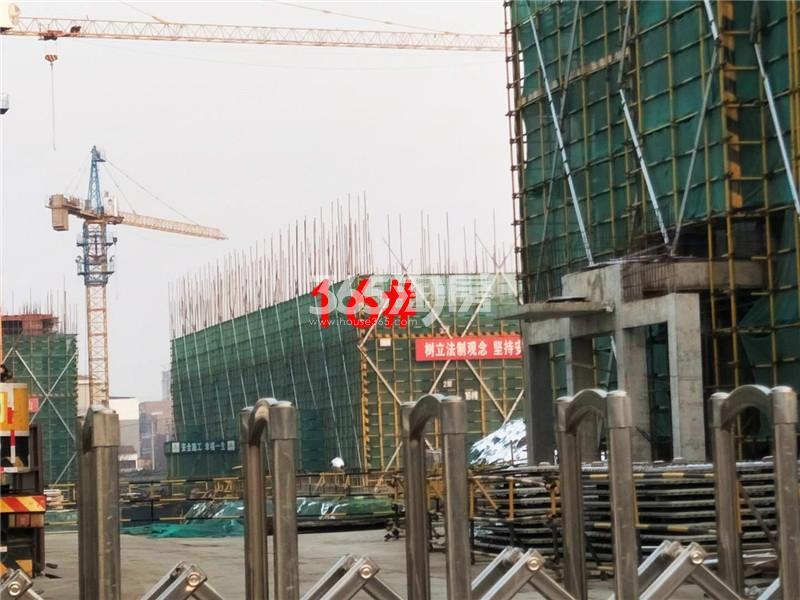 绿地理想城悦湖公馆在建16#楼实景图(12.14)