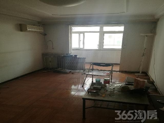 庆泰里2室1厅1卫53平米1999年产权房简装