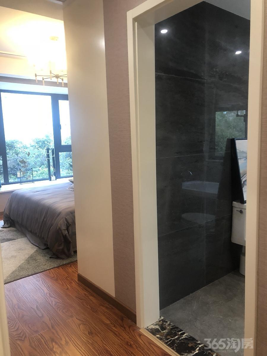 中海钱塘山水3室2厅2卫89平米中装产权房2016年建