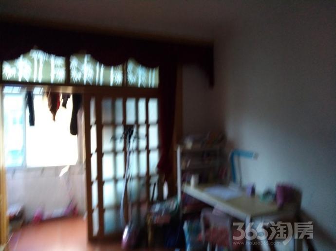 南化十村西巷2室1厅1卫65平米1980年产权房简装