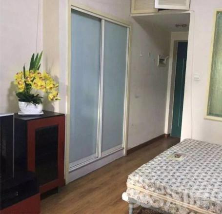 金泰丽舍1室1厅1卫45�O整租简装