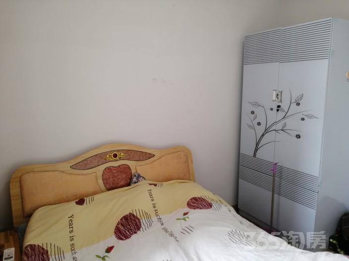 万达华府2室1厅1卫90平米整租中装