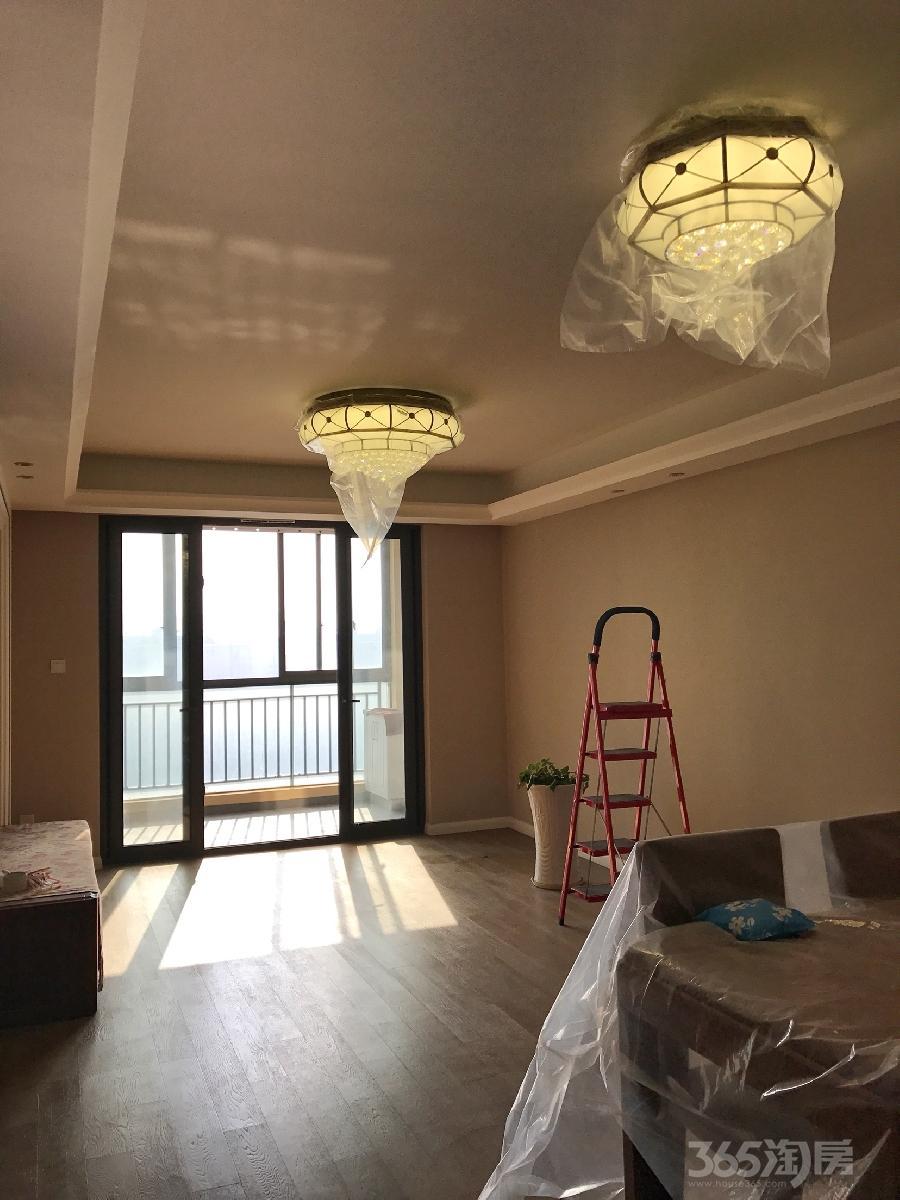 万科金域蓝湾3室2厅1卫114平米精装产权房2014年建