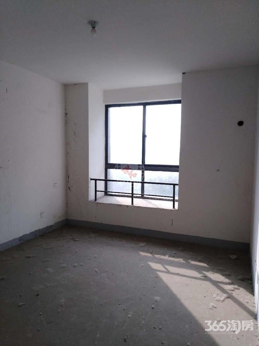 绿地世纪城伊顿公馆2室2厅1卫91平方产权房毛坯