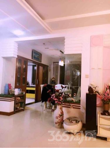 钟楼天王堂新寓3室2厅2卫157�O