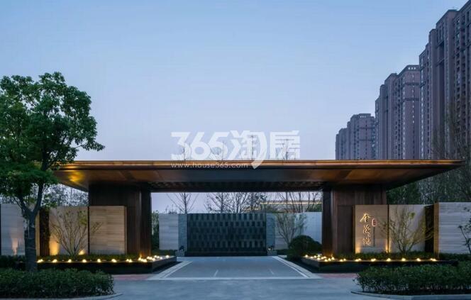 滨湖金茂悦售楼部内部夜景实景图(2018.2.28)