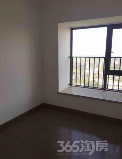 合景天峻3室2厅2卫109.86平米精装产权房2016年建