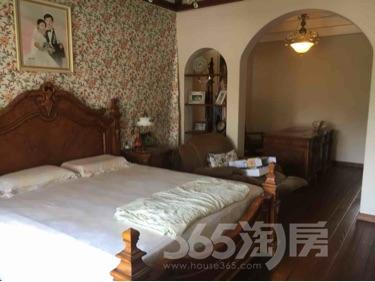 碧桂园5室2厅3卫225平米豪华装产权房2013年建满五年