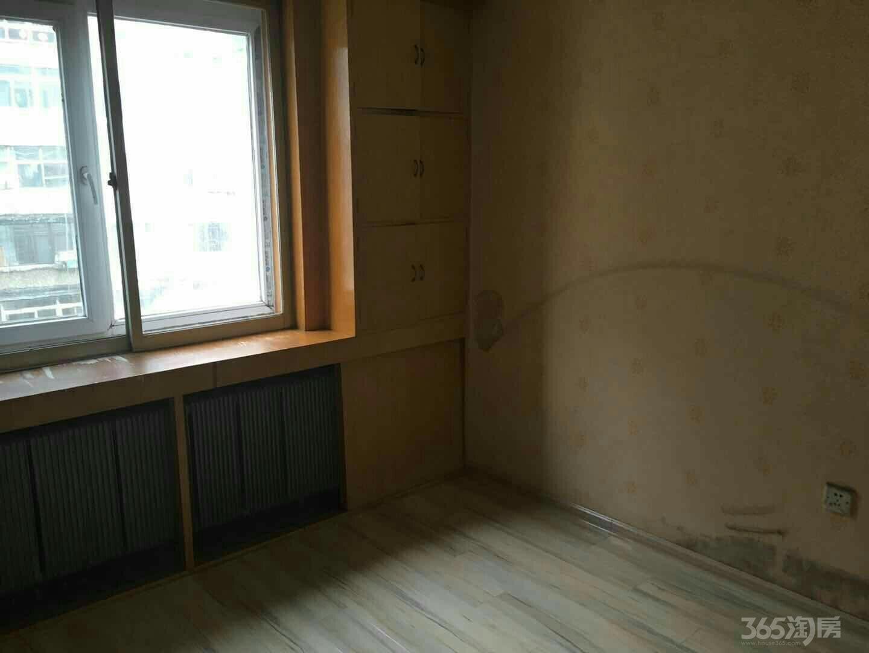 新乐花园2室2厅2卫102平米1993年产权房精装