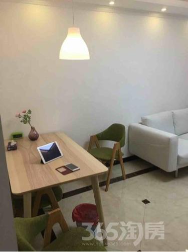 京东紫晶3室1厅1卫62平米精装使用权房2015年建