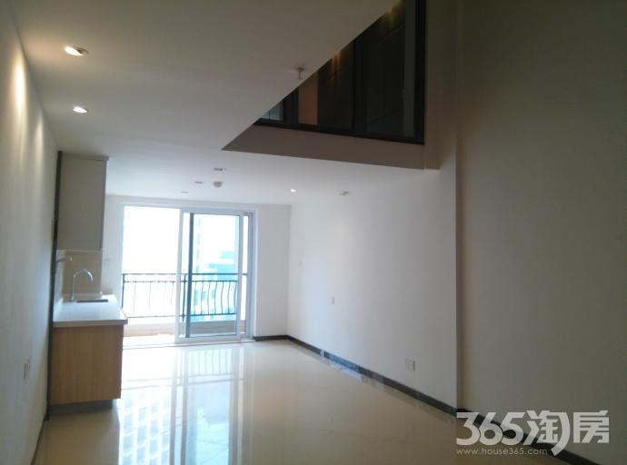 碧桂园凤凰城商住楼挑高5米2室1厅1卫59.76㎡整租精装