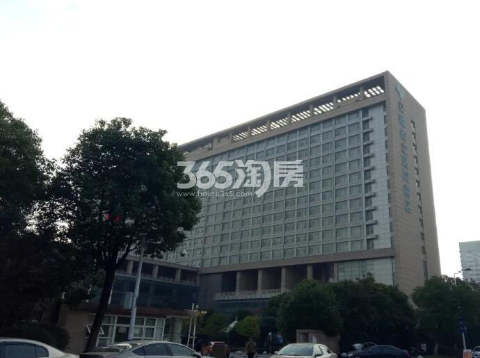 融创信达政务壹号周边的省立医院南区(2018.5.30)