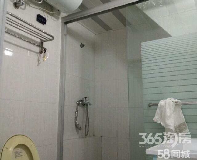 翠竹新村2室1厅1卫55.00�O1999年满两年产权房简装