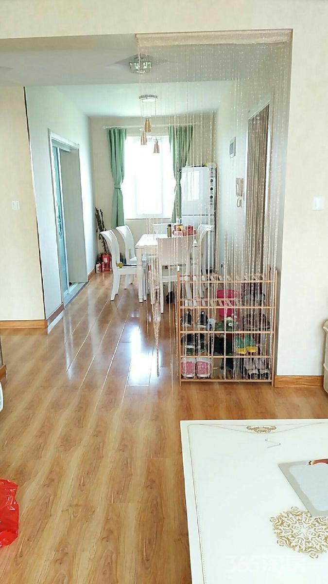 南京六合 瑞和苑 3室2厅 有阁楼 可复式房 一次性付款